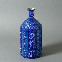 Decorative Objects A 19th Century Syrian Damascus bottle Manufactures