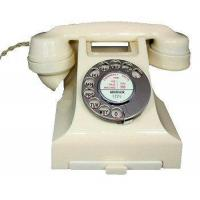 Culture 1950s Bakelite Telephone in Ivory Manufactures