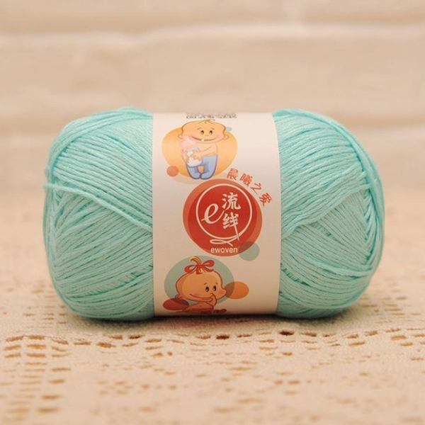 Quality Wholesale Bamboo and Cotton Blend Baby Weight Hand Knitting Wool Yarn Ball for sale