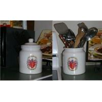Cookie Jar / Canister with Family Crest / Coat of Arms Manufactures