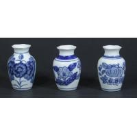 China 3 Small White / Blue Chinese Porcelain Mini Vases 3.5 x 2.3 Oriental NEW b on sale
