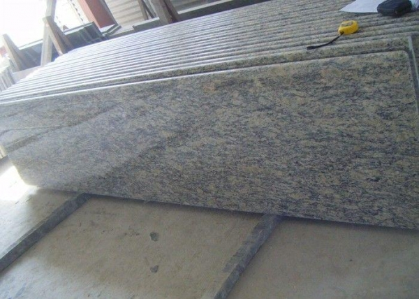Quality Brazil Nature Giallo Cecilia Granite Slab Countertops Bullnose With Laminated Edge for sale