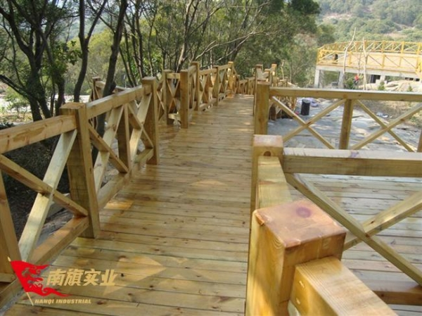 Quality Anti-corrosion wood plank professional installation of outdoor anti-corrosion wood floor platform for sale