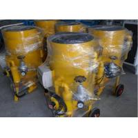 Simple Manual Portable Sandblasting Machine Surface Cleaning 300Kg Weight Manufactures