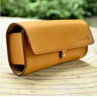China Electronic Protector Leather Case Sunglasses Case THA-46 on sale