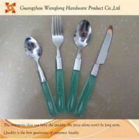 High qulity cutlery set plastic handle cutlery set Manufactures