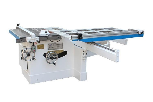 Quality XHF-1280 Precision Sliding Table Circular Sawing Machine for sale
