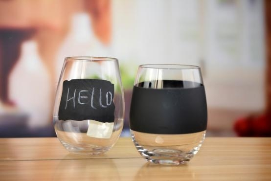 Quality Drinking Glasses DX-71145 Handblown Crystal Stemless Tumbler Wine Glass With Black Board Printing for sale