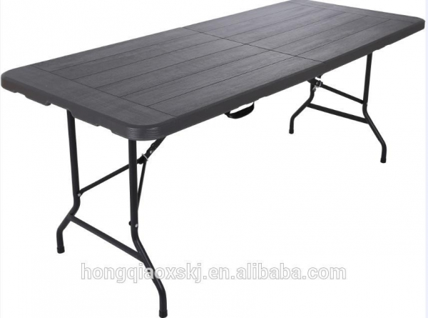 China New Design Wooden Style 6FT Plastic HDPE Table Top Plastic Folding In Half Table