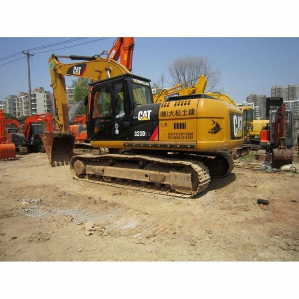 China High Quality Japanese Used Crawler Excavator 323D
