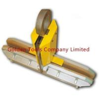 Buy cheap High Quality Steel and Cork Wood Glass Lifting Pinch Clamp from wholesalers