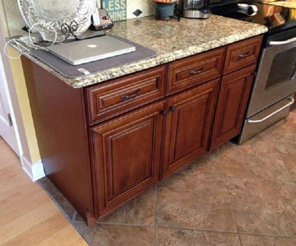 Quality Kitchen Cabinets Ready Made Kitchen Units for sale