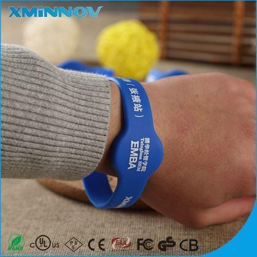 Quality RFID HF Silicone Wristband For Tracking children and adults for sale